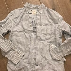 Gap blue and white striped button up